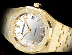 """Audemars Piguet has released a new yellow gold version of their """"Audemars Piguet Frosted Gold Royal Oak"""" designed by Carolina Buccci. Audemars Piguet Gold, Audemars Piguet Diver, Audemars Piguet Watches, Old Watches, Royal Oak, Mechanical Watch, Luxury Watches, Chronograph, Frost"""