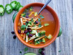 Chicken Tortilla Soup Black Bean Chicken, Pureed Soup, Fresh Avocado, Chicken Tortilla Soup, Stop Eating, Soups And Stews, Soup Recipes, Curry, Cooking