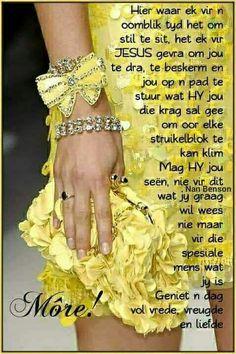 Evening Greetings, Amazing Inspirational Quotes, Afrikaanse Quotes, Goeie Nag, Goeie More, Good Night Quotes, Special Quotes, Good Morning Wishes, Condolences