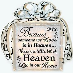 Memorial Gift - Someone in Heaven - Vinyl Cut - Lit Glass Block - Silhouette Cameo Vinyl Crafts, Vinyl Projects, Crafts To Make, Projects To Try, Wood Crafts, Decorative Glass Blocks, Lighted Glass Blocks, Glass Cube, Glass Boxes