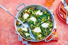 Frittata met snijbiet. De smaak van snijbiet lijkt op die van spinazie, maar wel met 't aardse van biet - Recept - Allerhande