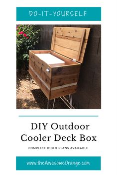 DIY Outdoor Cooler Deck Box – Complete Build Plans Available from wwwtheAwesomeOra… - DIY Craft Ideas Deck Box, Diy Furniture Plans, Furniture Layout, Metal Furniture, Furniture Ads, Handmade Furniture, Furniture Stores, Luxury Furniture, Garden Furniture