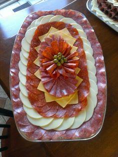 DECORACIÓN -  Sólo con fiambres y quesos y alguna aceitunita ... lindoooo y ricoooo !!!