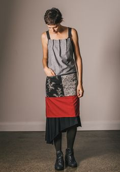 Polly apron, function and beauty, aprons that look like part of your outfit.