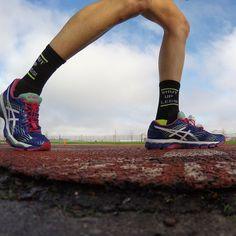 "✨Hallie💫 (@hknicoll) • Instagram photos and videos: ""Runners take your mark...🏃🏼💨  .  .  .  #tracknation #shutuplegs #triathlete #instarunner #tri365 #ironmantraining #stravarun..."" #locklaces #winnevertie #whatsyourfit"
