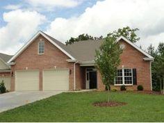 Remax Checkmate - 1053 Waterbrooke Lane, Johnson City, TN 37604