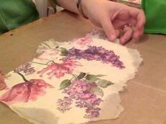 Paper Napkin Tutorial using Modge Podge and how I store my napkins Decoupage Glass, Napkin Decoupage, Decoupage Tutorial, Decoupage Furniture, Decoupage Art, Decoupage Ideas, Doll Tutorial, Collage Video, Collage Art