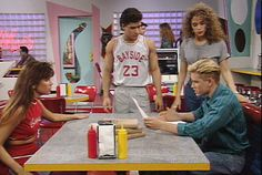 'Saved by the Bell'-Themed Restaurant to Open in Chicago | Mental Floss