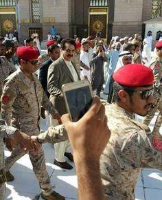 #General #Raheel #Sharif's #Photo in #Prophet's #Mosque #Madinah , #Saudi #Arabia . He was #STATE #GUEST of #King #Salman .