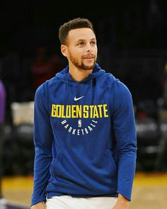 Basket Ball Team Pictures Boys Stephen Curry Ideas For 2019 Stephen Curry Basketball, Nba Stephen Curry, Steph Curry Wallpapers, Golden State Basketball, Basketball Hoop, Wardell Stephen Curry, Stephen Curry Pictures, Curry Nba, Curry Warriors