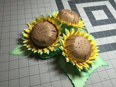 Sunflowers Has more of a fall look with one row orange and one row yellow petals. Sunflower Bulletin Board, Paper Sunflowers, 3d Paper, 3 D, Appreciation, My Design, Craft Projects, Cricut, My Arts