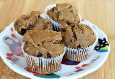 Gluten-Free Chocolate Chip Flax Seed Muffins and 10 Healthy Flax Seed Muffins Recipes - MyNaturalFamily.com #flaxseed #muffins #recipe