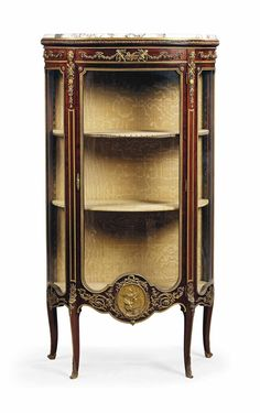 A FRENCH ORMOLU-MOUNTED MAHOGANY VITRINE CABINET BY FRANÇOIS LINKE, INDEX NUMBER 239, PARIS, EARLY 20TH CENTURY
