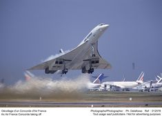 Air France Concorde: miss seeing her over London skies and at Newcastle airport! Sud Aviation, Civil Aviation, Aviation Blog, Air France, Concorde, Avion Jet, Tupolev Tu 144, Photo Avion, Passenger Aircraft