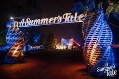 A Summer's Tale ist Dein Sommerfestival. 4 Tage Livemusik, Kunst, Lesungen, Film, Natur & Genuss. Alles Infos & Hintergründe zum Festival gibt es hier!