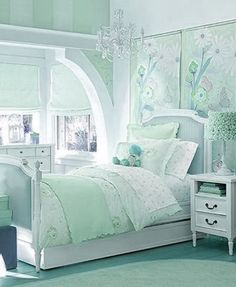 girl's room=like this color