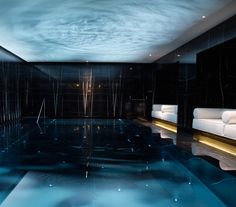 11 Stunning Spa Pools : Most luxurious spa pools, hydrotherapy treatment pools - Spas + Treatments - Spa The Beauty Authority - NewBeauty Luxury Swimming Pools, Luxury Pools, Indoor Swimming Pools, Luxury Spa, Lap Swimming, Spa Interior Design, Spa Design, Home Design, Design Bedroom