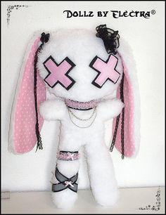 If I could have this doll White and Pink Bunny Kawaii Goth, Kawaii Plush, Cute Plush, Pastel Goth Fashion, Kawaii Fashion, Creepy Stuffed Animals, Gothic Dolls, Voodoo Dolls, Creepy Dolls