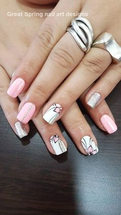 Nail art Christmas - the festive spirit on the nails. Over 70 creative ideas and tutorials - My Nails Short Nail Designs, Nail Designs Spring, Nail Art Designs, Nails Design, Fancy Nails, Cute Nails, Pretty Nails, Spring Nail Art, Spring Nails