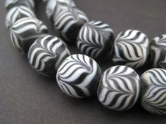 Black Glass Islamic Flower Beads