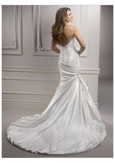 Spaghetti Straps Rouched Bodice Mermaid Wedding DressesStyle with Chapel Train 2012 Wedding Dress