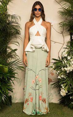 Get inspired and discover Johanna Ortiz trunkshow! Shop the latest Johanna Ortiz collection at Moda Operandi. Look Fashion, Runway Fashion, Fashion Show, Womens Fashion, Fashion Design, Look Formal, Casual Chic, Streetwear, Party Dress