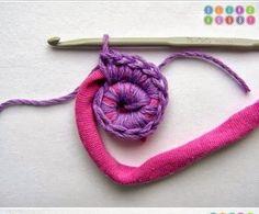 Un DIY para hacerte una alfombra utilizando trapillo y lana