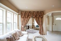 This luxury tab top teardrop swag valance curtain set is flexible in adjusting width to fit the windows. A great fit for wide windows, bay windows or irregular-shapped windows, the curtain set combines frivolous extravagance and modern simplicity. Marie Antoinette style curtain is simply decadent and voluptuous. Palace cream chenille fabric woven with large-scale floral and acanthus patterns in rosy red golden thread…