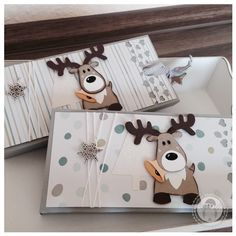 Januar 2014 Bellas Stempelwelt: Chocolate Gift with the Envelope Punch Board Die Cut Christmas Cards, Stampin Up Christmas, Noel Christmas, Xmas Cards, Simple Christmas, Christmas Crafts, Marianne Design Cards, Diy And Crafts, Paper Crafts