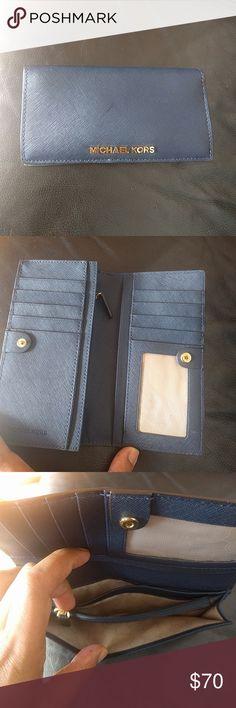 Michael kors wallet It's in great condition. Michael Kors Bags Wallets