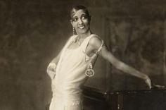 Josephine Baker Facts and Biography: Influential Jazz Singer/Dancer: Josephine Baker, 1925, Hamburg