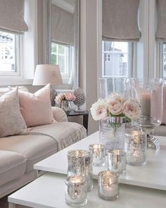 Soft pink, beige and silver decor