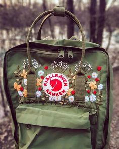Super proud of my Kanken! Design adapted from a pattern by LouStitches. Embroidery On Clothes, Embroidery Bags, Cute Embroidery, Embroidered Clothes, Modern Embroidery, Embroidery Stitches, Embroidery Patterns, Mochila Kanken, Kånken Rucksack