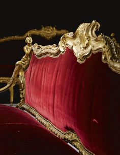 A pair of Italian carved giltwood settees from the Galleria Dorata Palazzo Carrega-Cataldi, Genoese circa Estimate — GBP - LOT SOLD. GBP USD) (Hammer Price with Buyer's Premium) Victorian Furniture, Antique Furniture, Velvet Furniture, Antique Chairs, Furniture Ideas, Classic House Design, Decorative Mouldings, Classic Furniture, French Furniture