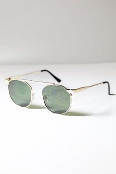 Bowie Round Metal Sunglasses   #retrosunglasses #roundmetalsunglasses #roundsunglasses