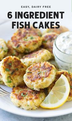 6 Ingredient Fish Cakes These 6 ingredient fish cakes are a quick and easy appetizer or main course made from cod and served with homemade tartar sauce. - 6 Ingredient Fish Cakes with homemade tartar sauce Easy Fish Cakes, Cod Fish Cakes, Cod Cakes, Fish Cakes Recipe, Seafood Cake Recipe, Homemade Fish Cakes, Seafood Appetizers, Best Appetizers, Seafood Platter