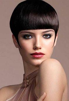 Kate Moss short fringe hairstyle