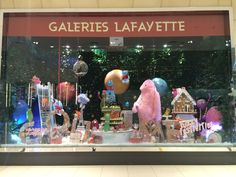 #Gallery Lafayette #Xmas window display at #DubaiMall 2014 #Animated window #Fuzzy Festivities theme