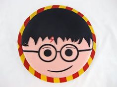 CUTE Harry Potter cake . . . love how simple it is!