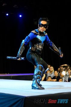 The best nightwing cosplayer I have seen here.