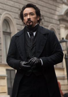 John Cusack as Edgar Allan Poe, have not seen this yet but does't he look good.