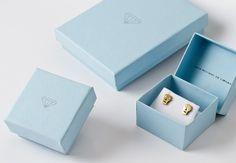 Identidade visual Julia Monteiro de Carvalho  design package jewelry box