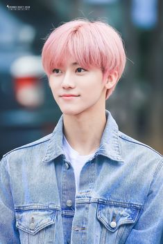 I will forever love nana with pink hair Nct 127, K Pop, Nct Dream Jaemin, Dream Chaser, Kpop Guys, Na Jaemin, Fandoms, Flower Boys, Boyfriend Material