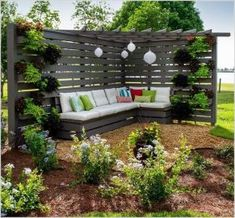 Want garden fence ideas with garden art ideas? These fence decorations are great ways to dress up your outdoor space. If you'd like specific ideas for privacy fences, I've got a collection of 70 Gorgeous Backyard Privacy Fence Decor Ideas on . Privacy Fence Decorations, Privacy Fence Designs, Privacy Landscaping, Backyard Privacy, Backyard Fences, Pergola Designs, Landscaping Ideas, Backyard Seating, Privacy Fences