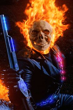 The Evolution Of 15 Superhero Costumes In Movies Ghost Rider Wallpaper, Skull Wallpaper, Marvel Wallpaper, Screen Wallpaper, Ghost Rider 2007, Ghost Rider Marvel, Ghost Raider, Harley Queen, Motion Images