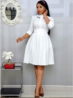 Stylish Work Outfit: Business Casual Work Wear for the Ladies - African Fashion Styles Work Dresses For Women, African Dresses For Women, Gowns For Ladies, African Lace Styles, African Lace Dresses, Ladies Dresses, Stylish Work Outfits, Classy Outfits, Office Wear Women Work Outfits