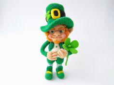 Needle felted Leprechaun, St. Patrick's day, Needle felt, Needle felted doll, Leprechaun gift, Home decor, Felted doll, Dwarf, Сlover, Felt