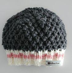 https://www.etsy.com/ca-fr/shop/leshibouxetcompagnie?ref=l2-shopheader-name Voici ce que je viens d'ajouter dans ma boutique #etsy : Tuque à couette style bas de laine http://etsy.me/2FSQSuM #accessoires #chapeau #gris #rose #tricot #tuqueacouette #laine #douceur #chau