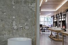 Patiris Store by Block722 architects - The Greek Foundation