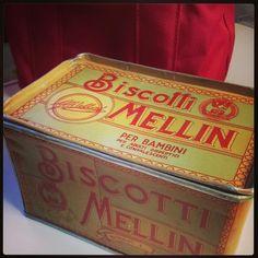 Scatola biscotti Mellin anni '50.